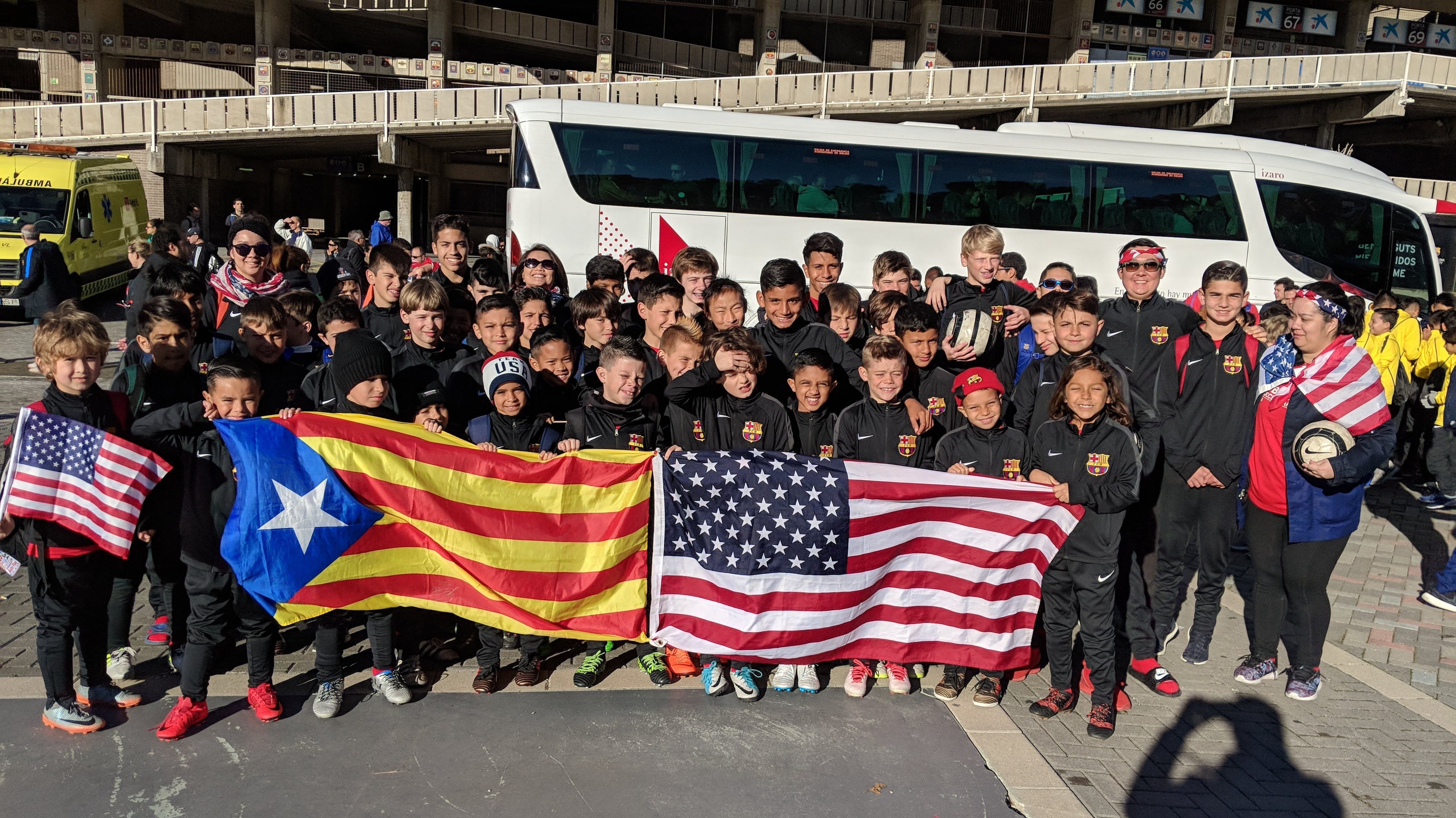 Group Photo with the Barca Flag and our USA Flag
